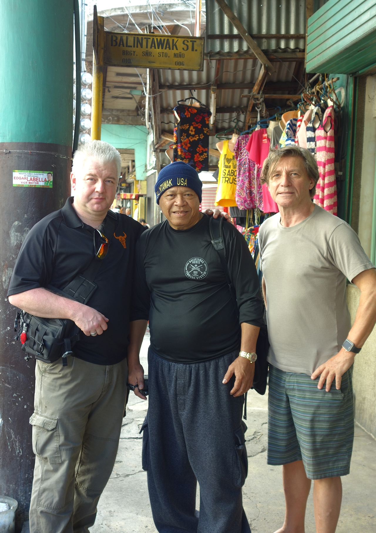 Arnis masters Bobby Taboad and Tim Hartman on Balintawak Street, Philippines