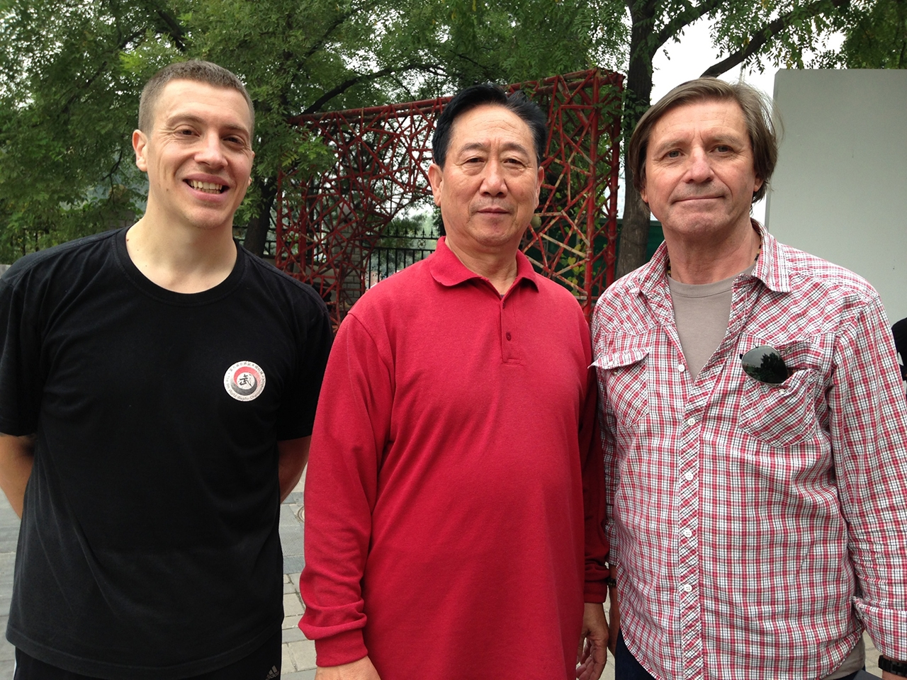 Byron Jacobs and Jon Braeley with Xingyi Master Di Guoyong