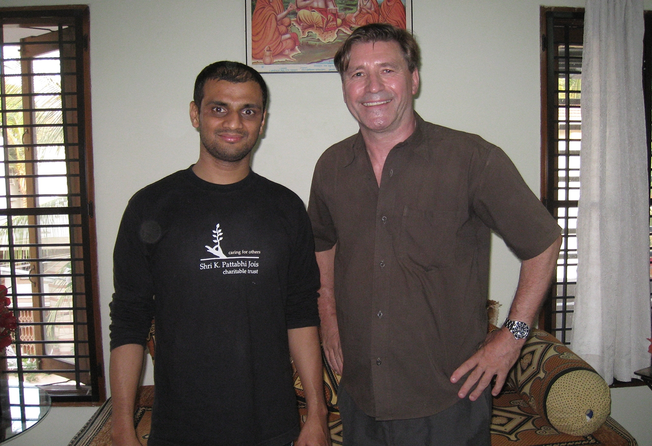 Jon Braeley with Sharath, grandson of Ashtanga yoga founder K. Pattabhi Jois